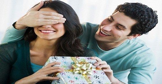 Những quà tặng sinh nhật cho vợ mà cô nàng nào cũng yêu thích