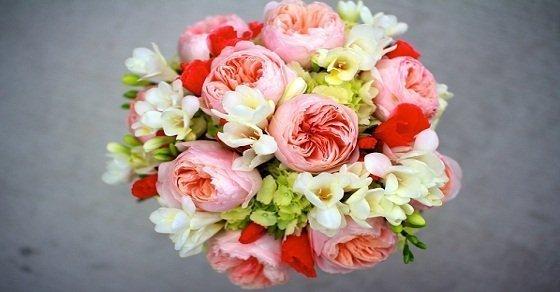 Hoa tươi là một quà tặng sinh nhật sếp nữ không thể thiếu
