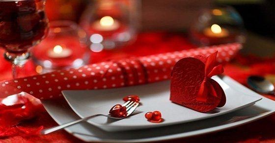 Bữa ăn lãng mạn-Món quà Valentine Trắng cho cô nàng cá tính