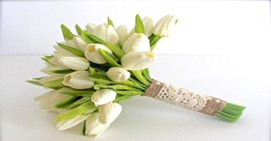 Các bước chuẩn bị cho bài thuyết trình cắm hoa