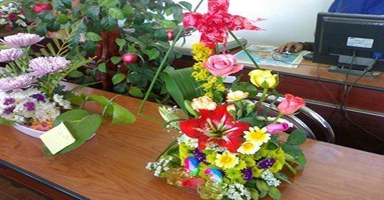 Các kĩ năng thuyết trình cắm hoa ngày 8/3