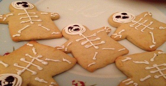 Bánh Halloween hình xương người phổ biến ở nhiều quốc gia