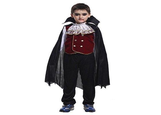 Trang phục Bá tước Dracula ấn tượng cho halloween