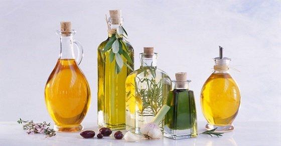 Mẹo vặt với dầu ăn