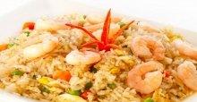 Cách làm món cơm chiên dương châu hải sản ngon mỗi ngày