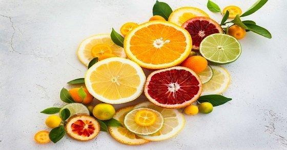 Thực phẩm chứa nhiều axit citric dễ gây chứng khô môi