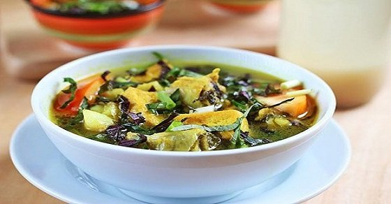 Món canh ốc nấu chuối đậu phù hợp thưởng thức vào thời tiết se lạnh này