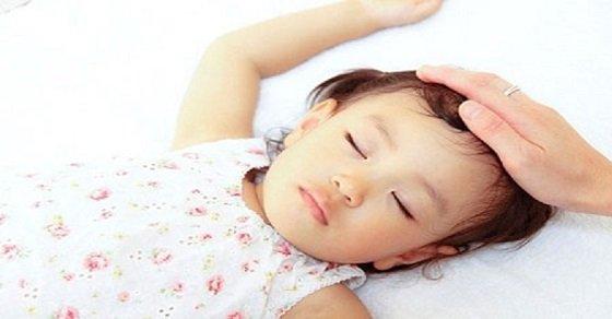 Bệnh ra mồ hôi tay chân ở trẻ em, trẻ sơ sinh và cách chữa trị