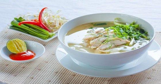 Cách nấu phở gà ngon Hà Nội