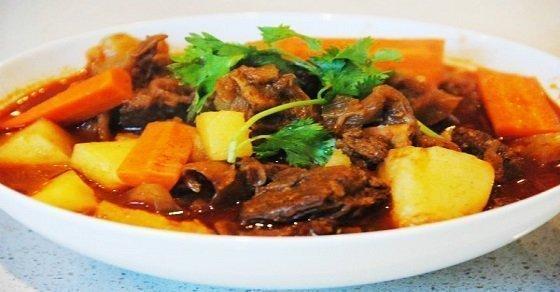 Món thịt bò kho đơn giản mà hấp dẫn