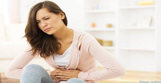 Triệu chứng đầy bụng, khó tiêu thường xảy ra sau bữa ăn quá no