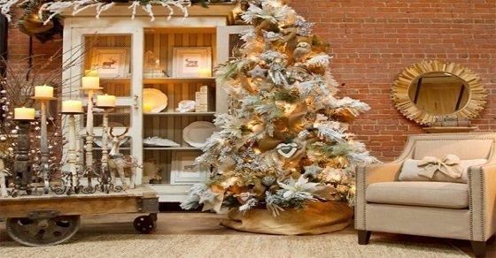 Cách tự trang trí cây thông noel sang trọng trong nhà