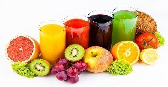 Ăn nhiều hoa quả cũng là một cách chữa nẻ mặt nhanh chóng và hiệu quả