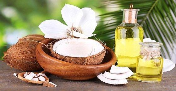 Điều trị nấm móng tay chân với dầu dừa