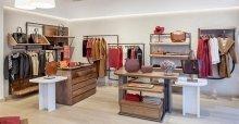 Cách trang trí shop quần áo đẹp đơn giản mà vẫn thu hút
