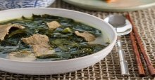 Cách nấu món canh rong biển thịt bò ngon nhất