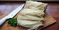 Cách trồng nấm kim châm từ rễ tại nhà đơn giản