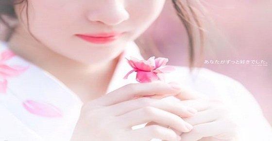 Hình ảnh và ý nghĩa của những cánh hoa đào ngày tết