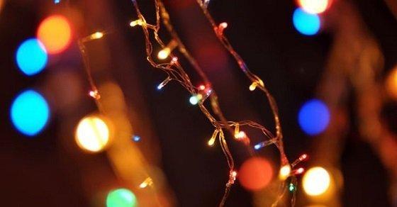Ánh sáng đèn nháy sẽ tô điểm, trang trí ngôi nhà bạn thêm lung linh, huyền ảo