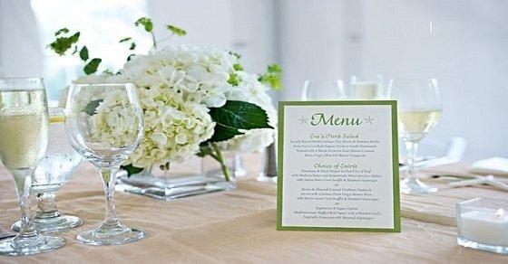 Mẫu thực đơn đám cưới đơn giản