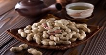 Cách luộc đậu phộng ngon, mau mềm và không bị đen