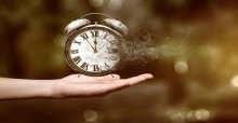 Những câu nói hay nhất về thời gian trôi qua nhanh